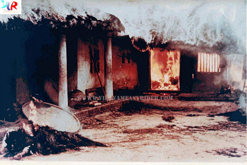 vietnameasyrider.com-Bodies-Near-Burning-House-at-My-lai-massacre
