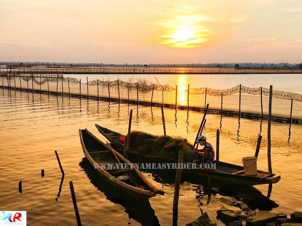 Tam-Giang-Lagoon-Hue