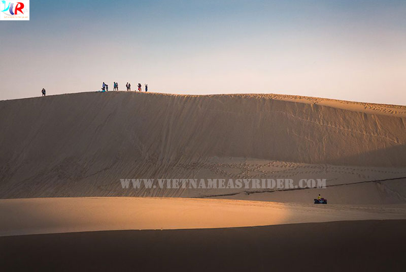 White-sand-dunes-in-muine