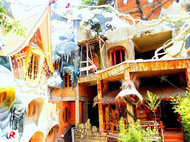 dang-viet-nga-crazy-house