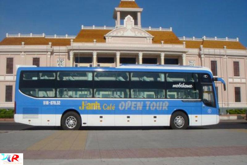hanh-cafe-open-bus